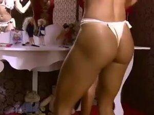 Brazilian bitches shaking their perfect buttocks,