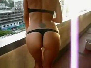So Pretty Tattoe Milf Female Make Sex Fun With A