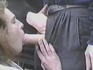 Lucky man hooked up with two sexy amateur wenches