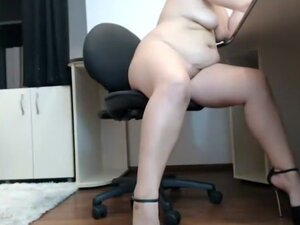 mature lady in office webcam JAMEYLA73 cb