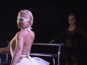 Lesbian ballerinas licking cunts, Sexy blonde