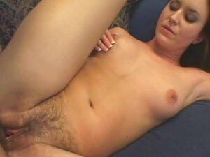 Hairy Leah Stevenson hardcore sex video