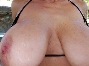Ugly mature hooker Alia Janine exposes her big