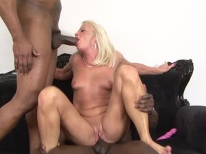 Mature drilled by black guys in hardcore