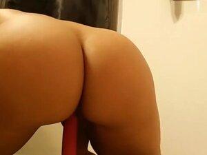 Spanish Teen masturbates in front of cam and cums
