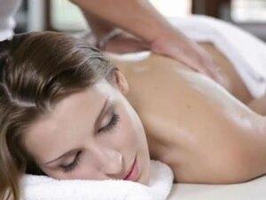 Massage and Fuck - Victoria Daniels,