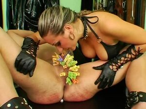 Leather mistress abuses his balls