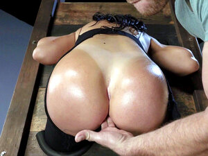 Latina mom Sybil Stallone dreams about hot anal
