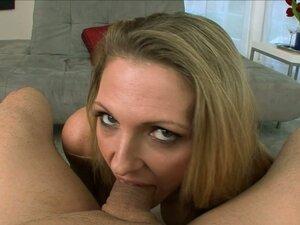 Jizz-Craving Blonde MILF Roxanne Hall Sucks Cock
