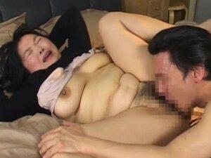 Japanese mature chick has hot sex part5