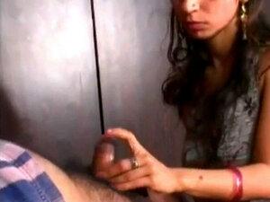 Amateur Indian Girl Blowjob For Older Man