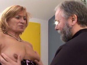 Incredible Hardcore Blowjob sex performance