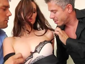 Lily Carter Is Irresistible #1, Scene 2