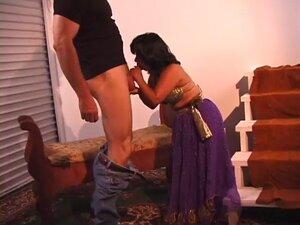 indian midget rides (strak)