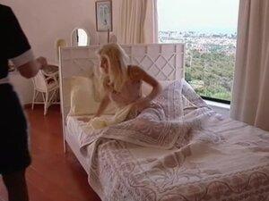 Lesbin maid and mistress
