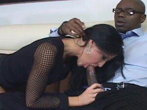 Mature brunette Kendra ###s gets her twat fucked
