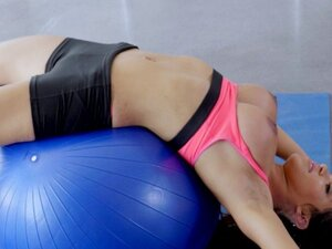 Exotic4K - Big bouncy latina Emily Mena uses her