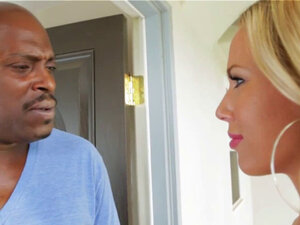 Blonde Olivia Austin grabs a bbc to suck