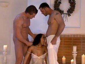 heavenly threesome with nice girl