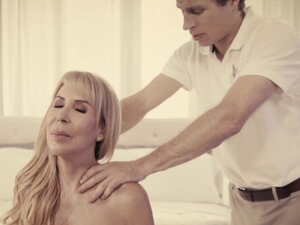 Special fuck massage with a sexy widower