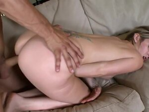 Todays Milf Soup features a very sexy mom that