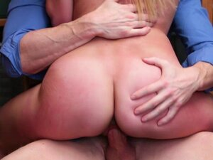 Alexa Raye bouncing off her pussy on top of the LP