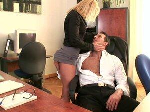 Boss Fuck Secretary In An Office Fuck - DDF