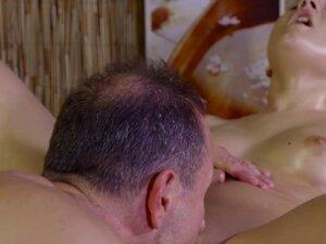 Babe sucks and fucks masseurs cock