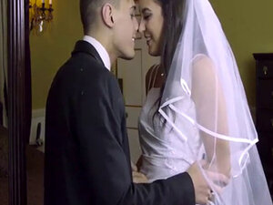 Newlyweds gets a lessons on sex by a horny milf