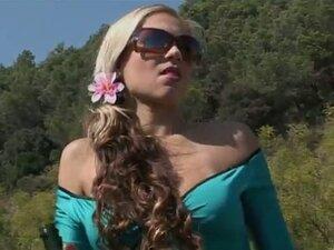 Great sexy outdoors when Priscilla Pratz gets
