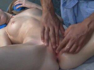 Sexy skinny girl Marika is showing her amazing
