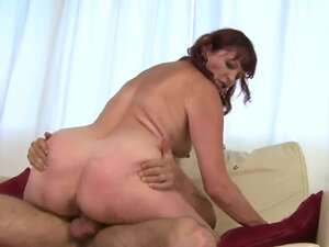 Marvelous mature lady Dalan is doing the best