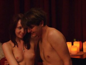 Real amateur couple wants to try out swingers sex