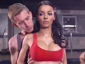 Brazzers - Big Tits In Sports - Sophia Laure and