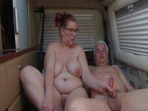 Granny and her man fucks, Mature mom getting
