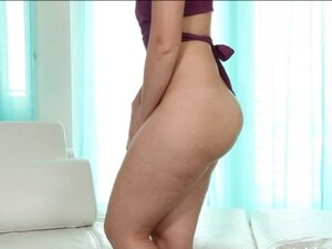 Bubble butt amateur is a real grind fuck