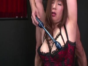 Reiko Shimura feels needy to play in dirty bondage