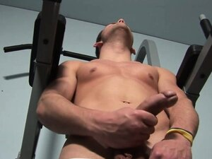 Jerking off and penis pumping of great guy