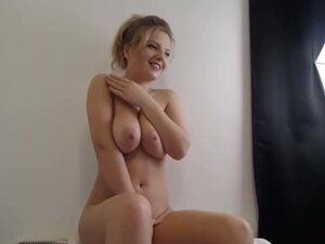 My Step Daughter Fingering Herself Live On Cam