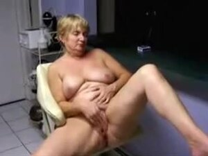 Blonde MILF has no husband but she has camera and
