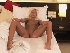 blonde enjoys masturbating when she wakes up
