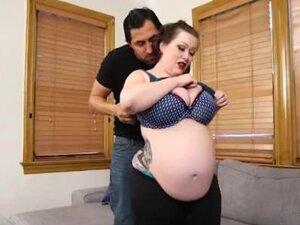 Pregnant BBW Bunny De la Cruz Gets Fucked by Latin