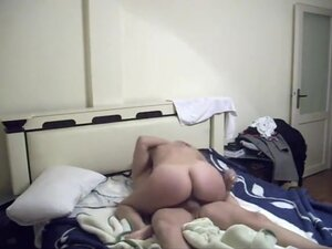 Non-Professional turkish couple hard fuck in their