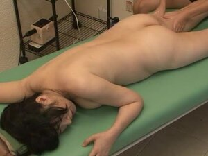 Sexy erotic massage with asian milf fingered by