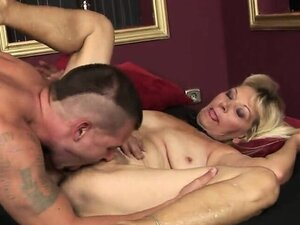 This young man makes a mature woman moan