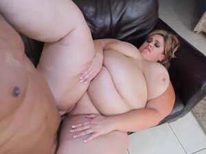 SSBBW Erin Green Worships Black Cock