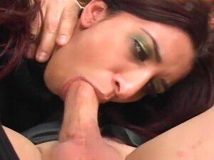 Great Double Penetration Scene, Dulce is sitting