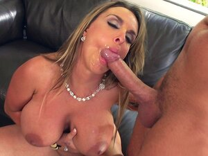 Busty mom Holly Halston gives wet blowjob