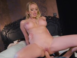 Danny D fucks Amber Jaynes pussy on top of his