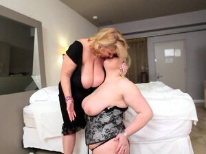 Big Tit Lesbians Lick Tits N Clits In Cozy Hotel